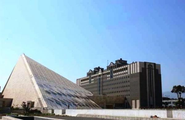 ساختمان کمیسیونهای مجلس شورای اسلامی